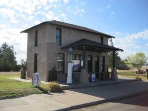Hi-Way Magnolia service station